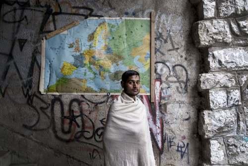 اردوگاه اسکان موقت پناهجویان افغان و پاکستانی در مرز بین بوسنی و کرواسی