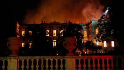 آتش سوزی در موزه بزرگ برزیل - رویترز