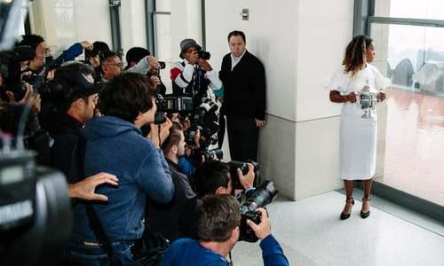 عکس گرفتن رسانهها از