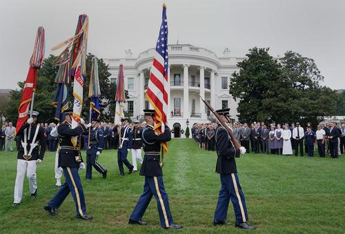 برگزاری مراسم هفدهمین سالگرد حادثه تروریستی 11 سپتامبر در کاخ سفید