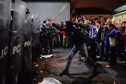 تظاهرات علیه افزایش نرخ سوخت در اکوادور/ خبرگزاری فرانسه