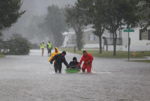 امداد و نجات در توفان