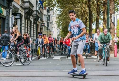 روز بدون خودرو در شهرهای بروکسل و پاریس/ عکس: خبرگزاری فرانسه