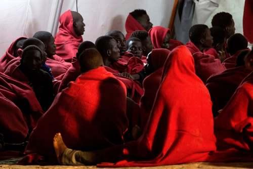 پناهجویان آفریقاییتبار عازم اروپا در مالاگا اسپانیا/EPA