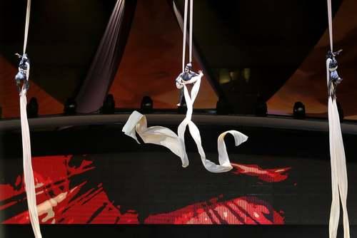 اجرای برنامه یک سیرک در استادیوم ملک فهد در شهر ریاض در روز ملی عربستان سعودی/ EPA