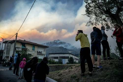 آتش سوزی جنگلی در شمال شهر توسکان در ایتالیا/ خبرگزاری فرانسه