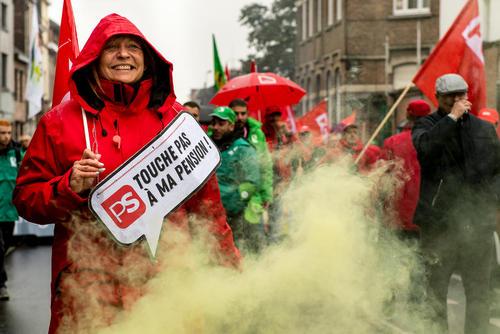 تظاهرات اتحادیههای کارگری علیه اصلاح و تغییر قانون بازنشستگی در بلژیک