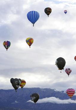 جشنواره بالن در شهر آلبوکرک ایالت نیومکزیکو آمریکا