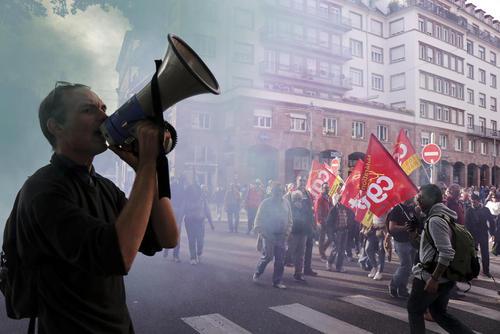 تظاهرات علیه سیاستهای ماکرون در شهر استراسبورگ فرانسه