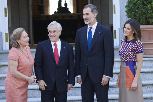استقبال رسمی پادشاه و ملکه اسپانیا از رییس جمهوری و بانوی اول شیلی/ مادرید