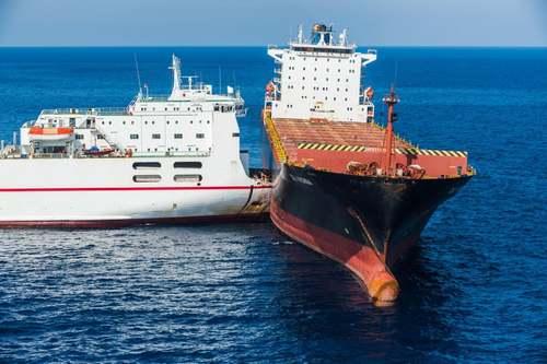 تصادف دو کشتی تونسی و قبرسی در آبهای مدیترانه/EPA