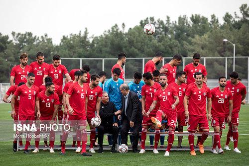 کادر نقاشی تمرین تیم ملی فوتبال (عکس)