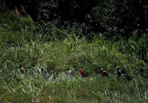 مردم ونزوئلا به دلیل مشکلات اقتصادی در کشورشان در حال فرار به کشور کلمبیا هستند./ رویترز