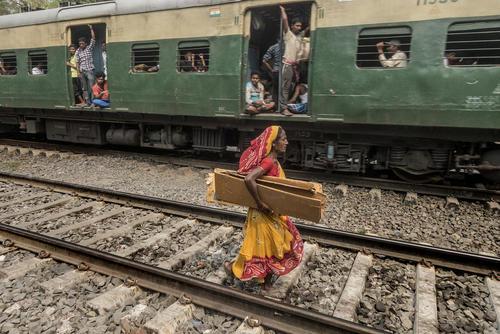 ایستگاه راهآهن کلکته هند/ شینهوا