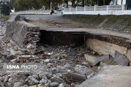 زیرگذری که در کنار پل «چشمه کیله» تنکابن توسط شهرداری ایجاد شده بود عمر آن کمتر از یک دهه بود که بر اثر سیل هفتههای اخیر از بین رفته است.