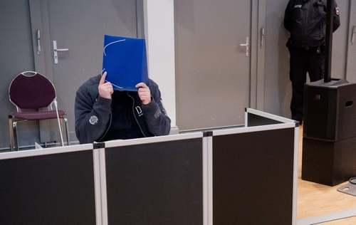 دادگاه یک پرستار آلمانی که بیش از 100 بیمار را کشته است/ اولدنبرگ آلمان/ خبرگزاری فرانسه