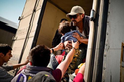 کاروان مهاجران آمریکای مرکزی در راه عزیمت به مرز ایالات متحده آمریکا در مکزیک