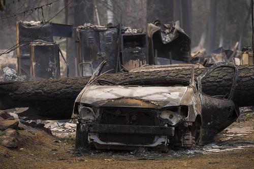 آتش سوزی گسترده در مناطق مختلف ایالت کالیفرنیا آمریکا