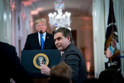نشست خبری هفته گذشته ترامپ در کاخ سفید که منجر به اخراج خبرنگار سی ان ان شد.