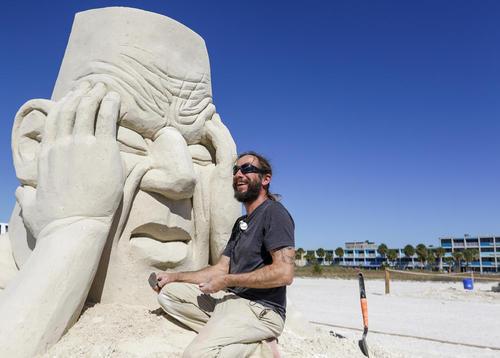 جشنواره بینالمللی ساخت مجسمههای شنی در فلوریدا آمریکا
