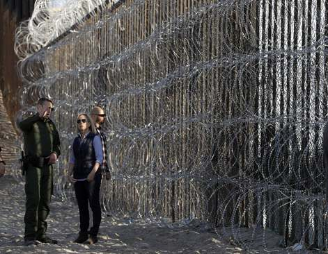 بازدید وزیر امنیت داخلی آمریکا از منطقه مرزی