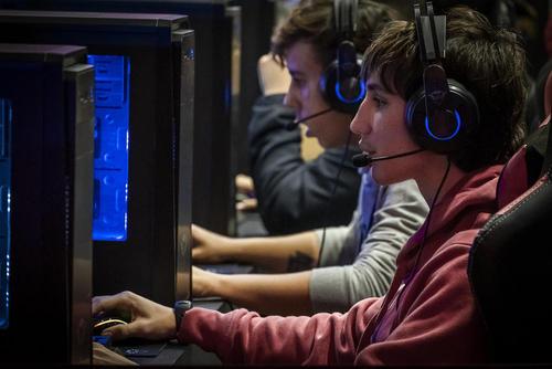 نمایشگاه جهانی بازیهای رایانهای در بارسلونا اسپانیا