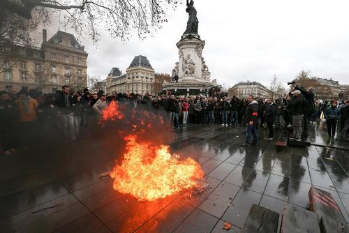 تظاهرات دانشآموزان و دانشجویان فرانسه در شهرهای پاریس و لیون
