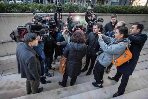 رسانهها و خبرنگاران پیگیر دادگاه مدیر مالی شرکت