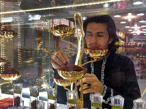 یک زعفران فروشی در دوبی / گلف نیوز