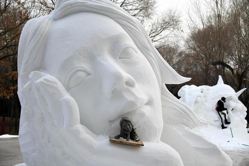 مسابقات مجسمهسازی برفی در هاربین چین/ شینهوا