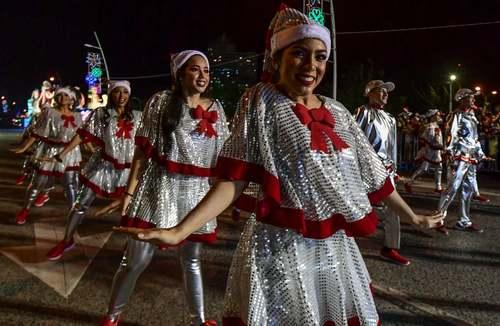 جشنواره خیابانی کریسمس در