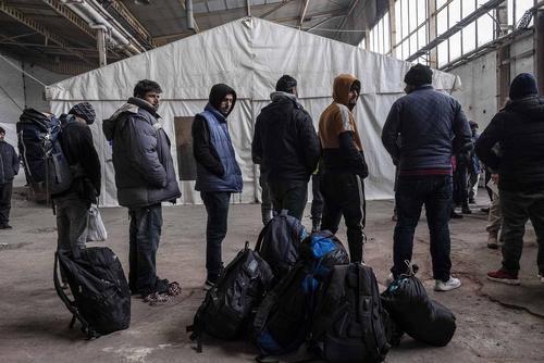 اردوگاه پناهجویان عازم کشورهای اروپایی در شهر