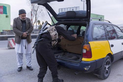 یک ایست بازرسی در استان هرات افغانستان/ شینهوا
