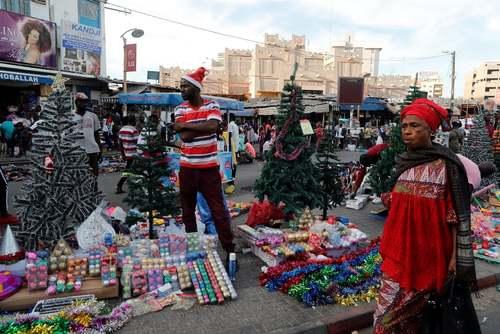 حال و هوای کریسمس در شهر داکار سنگال/ رویترز