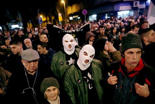 تظاهرات ضد حکومتی در شهر بلگراد صربستان/ رویترز