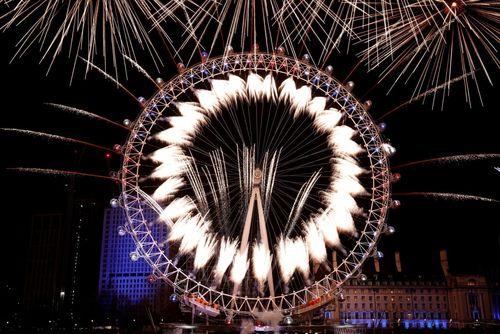 لحظه تحویل سال در لندن/ انگلیس