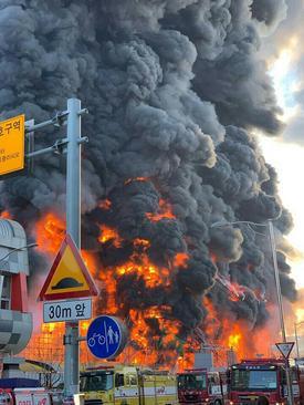 آتشسوزی در مدرسهای در شهر