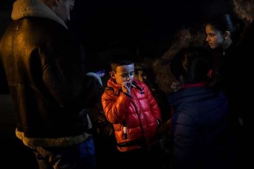 در شمال پرتغال حتی کودکان 5 ساله اجازه دارند در عید پاک سیگار بکشند/ خبرگزاری فرانسه