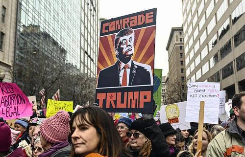 تظاهرات زنان علیه ترامپ همزمان با دومین سالگرد تظاهرات بزرگ زنان علیه ترامپ در آغاز سومین سال فعالیت دولت ترامپ / واشنگتن و لسآنجلس و فیلادلفیا