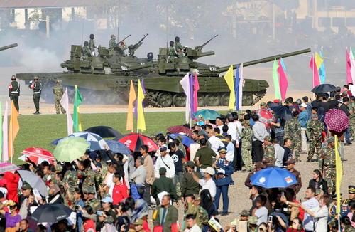 مراسم رژه نظامی هفتادمین سالگرد تاسیس ارتش لائوس / ایتارتاس