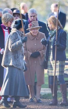 حضور ملکه بریتانیا در مراسم روز یکشنبه کلیسای