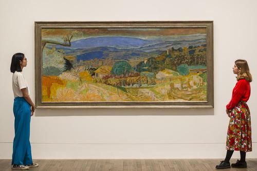 نمایشگاهی از 100 آثار نقاشی