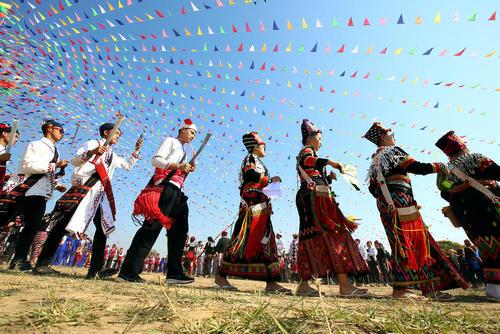 جشنواره سالانه قومیتهای میانماری در شهر یانگون میانمار/ شینهوا