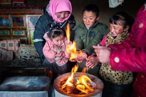 خانهای روستایی در منطقه تبت چین/ شینهوا