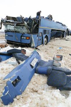 تصادف یک اتوبوس در روسیه. در این سانحه 7 نفر از جمله چند کودک کشته شدند./ ایتارتاس