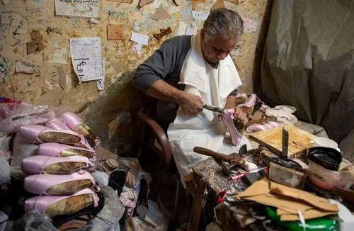 کارگاه تولید کفش دست دوز