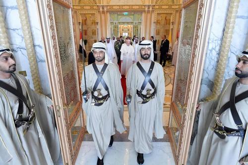 استقبال رسمی از پاپ فرانسیس در قصر رییس امارات متحده عربی در شهر ابوظبی/EPA