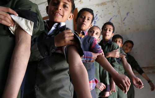 واکسیناسیون ضد سرخک و سرخچه در مدارس یمن/ شهر صنعا/ شینهوا