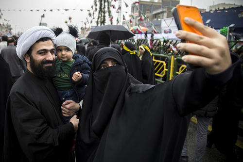 تظاهرات سراسری چهلمین سالگرد پیروزی انقلاب اسلامی در شهر تهران/ عکس: روزبه فولادی
