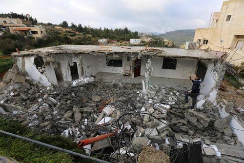تخریب 40 خانه فلسطینی در روستایی در حومه شهر شهر
